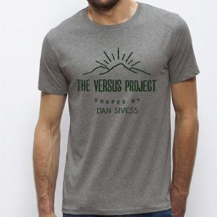 VERSUS MOUNTAIN T-SHIRT